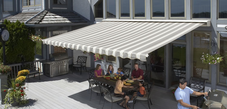 Dallas retractable awnings for patio and decks