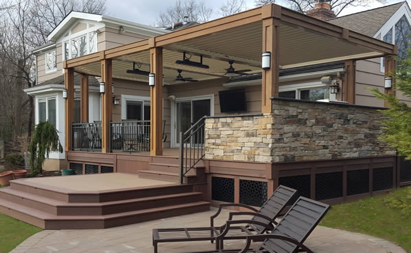 Beautiful attached patio cover on Dallas, TX home.