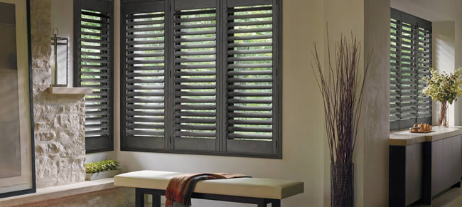 Dallas Hunter Douglas plantation shutters